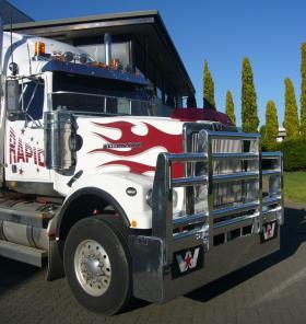 Western Star 4900 hi-tensile aluminium FUPS Bull Bar