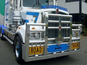 Kenworth T909 custom FUPS road train bullbar     #15