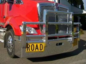 Kenworth T610 Fups compliant Road Train Bullbar      #4