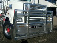 Mack Superliner custom alloy FUP bull bar    #8