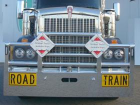 Kenworth T610 SAR FUPS high tensile polished aluminium Road Train bullbar.      #16