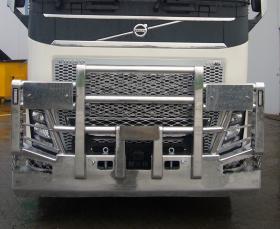 Volvo FH Fups aluminium bullbar w/- Road Train signs   #13