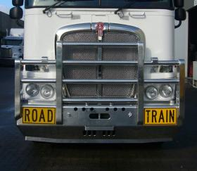 Kenworth K200 Fups bull bar with Road Train signs     #8