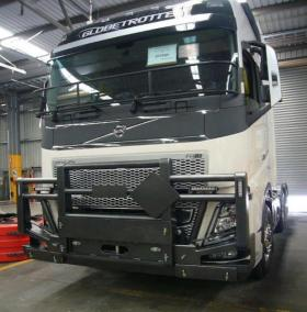 Volvo FH Powder Coated FUPS Road Train bullbar   #17