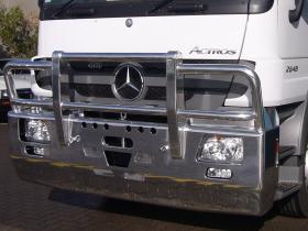 Actros  2648 FUPS high tensile aluminium bullbar     #9