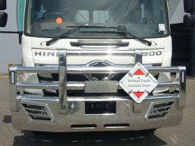 FE Hino Heavy Duty Polished Custom Aluminium Bullbar            #9