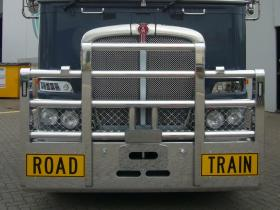 Kenworth K200 Fups bull bar with Road Train signs    #13
