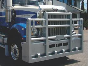 Western Star custom road train FUPS bull bar        #12