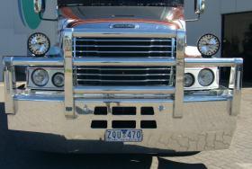 Freightliner CCST Fups Bullbar    #12